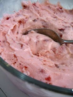 You searched for label/Ice Cream/Sorbet/Frozen Yogurt - Yummy Mummy Kitchen Homemade Frozen Yogurt, Healthy Frozen Yogurt, Frozen Yogurt Bites, Frozen Yogurt Recipes, Homemade Ice Cream, Frozen Strawberry Desserts, Healthy Strawberry Recipes, Strawberry Ice Cream, Frozen Desserts