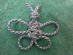 Picture of How to Knot a Butterfly by Macrame