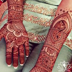 Can you find Raman's fiancé's name hidden in her mehndi? (Hint: his name is Inderbir) #hennabydivyanamegame #hennabydivya #henna #hennapro #hennaart #bridalhenna #indianbrides #indianweddings #torontohennartist #mehndi #bridalmehndi #bridalhennaartist