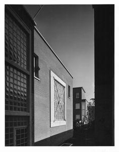 Gabriele Basilico;  Milano, 1983