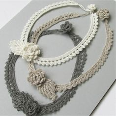 Irish Crochet, Free Crochet, Crochet Necklace Pattern, Doll Shop, Crochet Accessories, Flower Necklace, Crochet Flowers, Diy And Crafts, Crochet Patterns