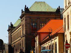 Poznan Poland, Muzeum Narodowe widok od ul.Paderewskiego [fot.Remigiusz Kościelniak]