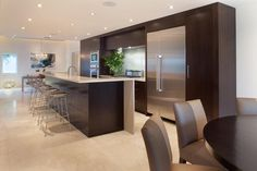 Modern kitchen picture featuring Thermador Masterpiece®, Professional and Freedom® Collection kitchen appliances