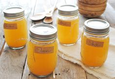 HOW TO: Make Chicken Stock (in a slow cooker!)