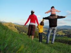 Snacks and Songs for the Hiking Trail : The Savvy Source for Parents