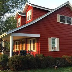 Red Barn Paint Color Sw 7591 By Sherwin Williams View Interior And Exterior Colors Palettes Get Design Inspiration For Painting Projects
