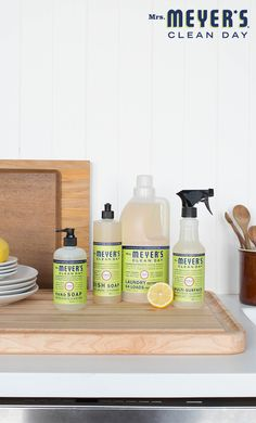 The numbers are in and the votes have been counted. Check out one of our most favorited scents, the wonderfully light and always energizing Lemon Verbena. From squeaky-clean dishes to fresh and fluffy laundry, this invigorating scent inspires and uplifts, so that every day is a little brighter. Click through to get cleaning.