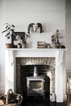 Beautiful fireplace via Mademoiselle Poirot