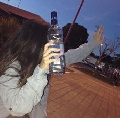 Imagem de girl, tumblr, and vodka
