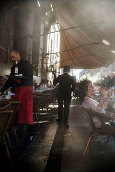 Harry Gruyaert - Madrid. Círculo de Bellas Artes cafe. Streetscene. 2016