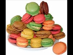 Les Cornichons (nino ferrer)- GREAT for food vocab and quantities and the partitive. Students will loooooove this!