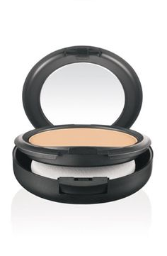 MAC Studio Fix Powder Plus Foundation at Brown Thomas. Shop the complete Mac range in-store or online with fast delivery available. Mac Studio Fix Foundation, Base Mac Studio Fix, Foundation Online, Mac Studio Fix Powder, Pressed Powder Foundation, Mac Foundation, Foundation Brands, No Foundation Makeup, Foundation Cosmetics