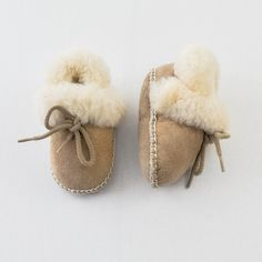 Mini Fashionista | Baby Girl 9-12 Months | Unknown Shoes | 9 Pieces for $39