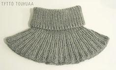 Tyttö touhuaa: Kauluri siskolle Little Gifts, Knitted Hats, Crochet Patterns, Wool, Knitting, Crafts, Knits, Gift Ideas, Diy