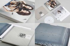 2 be FreeArt. Twins /Co.AllRightsReserved Ltd./ CD.SK Lam / image AD.Ph.SD. N.A.M / CD AD. & D. Mavis Chan/PM. Gary Lau & Antony Lau / Cor. Wincy Lam & Yan Ho /CW. Ashley Chan/ Type of Work:CD Album Design