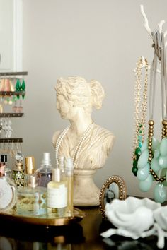 me oh my!: Home Tour: Our Master Bedroom & Bath