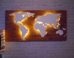 Weltkarte aus Holz Beleuchtet mit 3D Effekt 128x78cm von merkecht