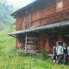 Wandern im Defereggental Cabin, House Styles, Home Decor, Chalets, Hiking, Landscape, Decoration Home, Room Decor, Cabins