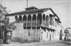 #Mersin Eski adıyla Cemal Paşa- Fabrikalar Caddesi...Sol tarafta Tütüncüzadelere ait Bereket Fabrikası