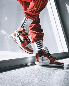 Nike x Off-White Air Jordan 1 // Sneakers // Urban Fashion Women, Fashion Kids, Mens Fashion, Fashion Shoot, Fashion Design, Winter Fashion, Luxury Fashion, Urban Dresses, Urban Outfits
