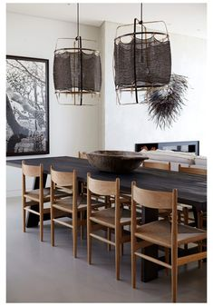 Dining Room Design, Interior Design Kitchen, Room Interior, Bar Interior, Esstisch Design, Dining Room Inspiration, Interior Inspiration, Dining Room Lighting, Table Lighting