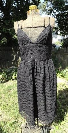 TRINA TURK SIZE 10 BLACK SCALLOPED LACE SPAGHETTI STRAP DRESS in Clothing, Shoes & Accessories | eBay