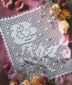 """Photo from album """"Le crochet facile"""" on Yandex. Filet Crochet, Crochet Doilies, Magazine Crochet, Handmade Items, Handmade Gifts, Different Shapes, Decoration, Crochet Hooks, Make It Simple"""
