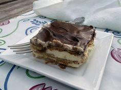 Super Delicious Chocolate Eclair Cake