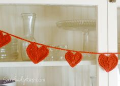 I wanted to share a project that has been popular on my other blog for a long time now! And it's perfect for this time of year...when you're getting ready for all things love! Happy Valentine's Day!