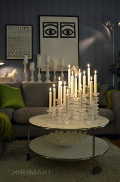 This is interestin how they used all the candles on a table. Home Candles, Candle Lanterns, Romantic Candles, Candle Shop, Candels, Christmas Candle, Hanging Pictures, Marimekko, Vintage Pottery