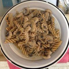 פסטה מלאה ברוטב קוקוס ופטריות - טבעוני