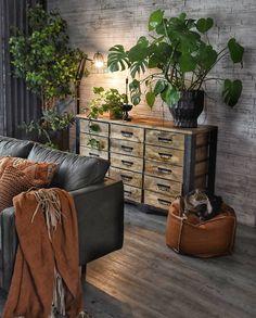 13 best small living room decoration ideas you must have 00013 Home Living Room, Living Room Designs, Living Room Decor, Decoration Inspiration, Room Inspiration, Decor Ideas, Deco Boheme, Interior Decorating, Interior Design