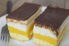 Prajitura Lambada are un gust absolut divin. Romanian Desserts, Different Cakes, Beautiful Desserts, Cake Bars, Cookie Recipes, Sweet Treats, Good Food, Food And Drink, Sweets