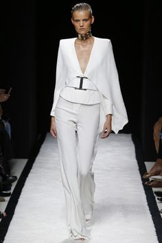 Balmain | printemps-été 2015|1. New take on the white suit.