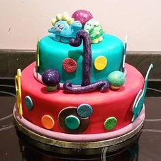 First birthday cake, dinosaurs