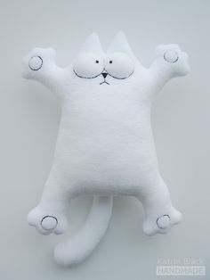 How to sew Simon's cat easily?  Pattern with template and there is a translate option on the website for the instructions .