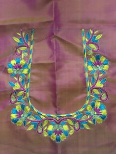 Blows Hand Work Blouse Design, Simple Blouse Designs, Dress Neck Designs, Bridal Blouse Designs, Sleeve Designs, Embroidery Works, Embroidery Designs, Kutch Work Designs, Designer Blouse Patterns