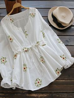 Buy Drawstring Waist Notched Floral Blouse, sale ends soon. Be inspired: discover affordable quality shopping on Gearbest Mobile! Stylish Dresses, Trendy Outfits, Cute Dresses, Cute Outfits, Dress Outfits, Girls Dresses, Muslim Fashion, Hijab Fashion, Fashion Dresses