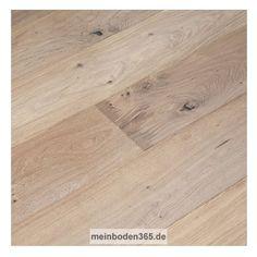 Eiche Rennes Das Parkett ist ein 3-Schicht Fertigparkett als Landhausdiele in der Holzart europäische Eiche. Die rustikale Oberfläche der Diele wurde zusätzlich handgehobelt, um natürlich wirkende Alterungsspuren zu erzeugen. Da sie auch gekälkt und oxidativ weiß geölt ist, wird die Holzstruktur besonders in weiß hervorgehoben. Das Parkett hat eine Nutzschicht mit einer Stärke von ca. 3,4 mm und eine umlaufende Mikrofase.