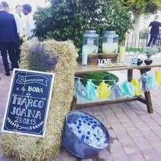 Wedding Rustic Lemonade Bar