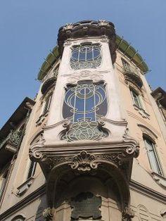 Casa Fenoglio-Lafleur a #Torino, edificio progettato nel 192 dall'architetto Pietro #Fenoglio #liberty #artnouveau #arte (www.dueminutidiarte.com)