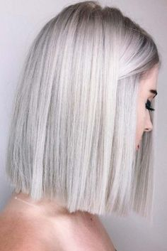 60 Stunning Platinum Blonde Hair Color Inspirations for Platinum blonde hair color ideas are highly-coveted shades. The fact of being very uncommon makes these platinum blonde hair color is so popular among. Winter Hairstyles, Hairstyles Haircuts, Straight Hairstyles, Hairstyle Short, Sleek Hairstyles, Lob Haircut Straight, Bob Haircuts, Blonde Hairstyles, One Length Hairstyles