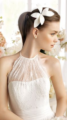 PACINA / Bridal Gowns / 2014 Collection / Avenue Diagonal (close up)
