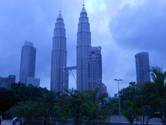 Travel With Somebody - Album Photo View Kuala Lumpur, Malaysia. Burj Khalifa, Meeting New People, Kuala Lumpur, Willis Tower, Traveling By Yourself, Album, Spaces, Adventure, Building