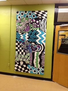 There's a Party in the Art Room!: Collaborative Zentangle for School Beautification