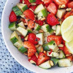 Strawberry salsa with cucumber and pine nuts, Food And Drinks, Strawberry salsa - Sugar-free Everyday. Fruit Salad, Cobb Salad, Strawberry Salsa, Crunchy Granola, Sugar Free, Cucumber, Healthy Life, Spicy, Food And Drink
