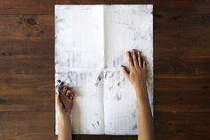 Mets tes mains sales sur mon affiche / Roland Tiangco