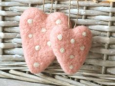 Felted shabby hearts super cute!