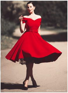 British Retro - Buy Retro Dresses Online 'Made in UK'. Our Retro Dresses, Pin up & Rockabilly dresses are available to buy online. Vintage Dresses 50s, Retro Dress, Rockabilly Dresses, 1950s Dresses, 50s Vintage, Vintage Clothing, Circle Skirt Dress, Full Circle Skirts, Swing Dress 50s