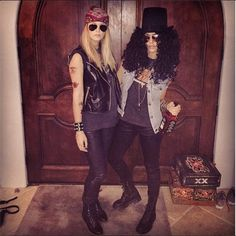 Jessica Alba dressed up as Slash from Guns N' Roses for Halloween.